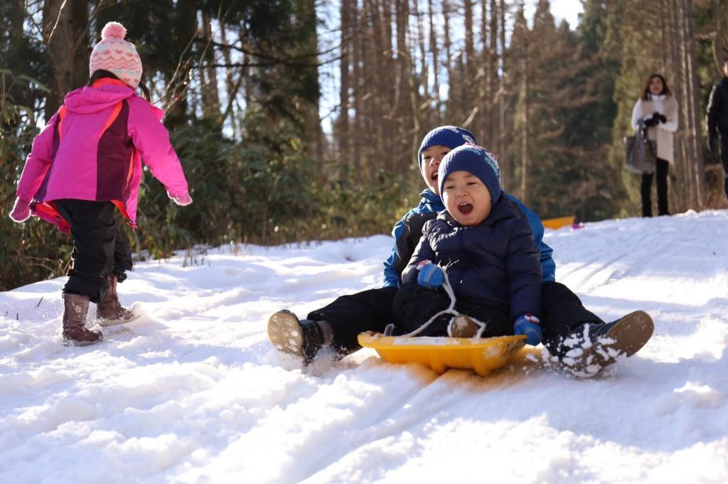 雪遊びで、大自然と遊ぶ<冬の贅沢♪>