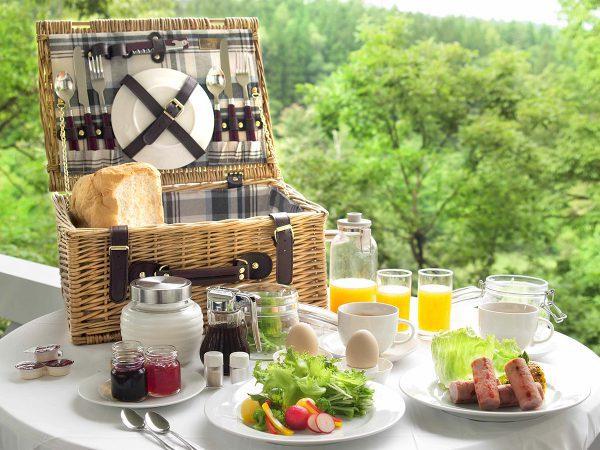 龍リゾート&スパ・離れ「コンフォーレ」の朝食バスケット
